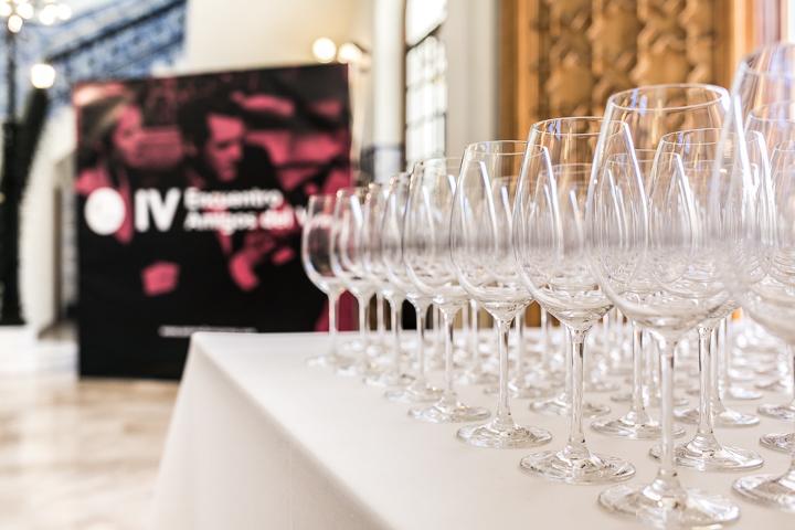 El IV Encuentro Amigos del Vino, en imágenes